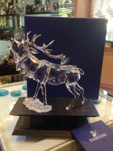 Swarovski - New crystal deer, in perfect condition with original certificate