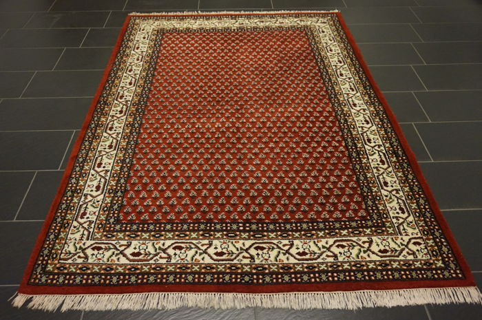 Elegant, hand-knotted oriental carpet Sarouk Mir 172X230 cm Made in India carpet