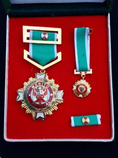 Peruvian police medal