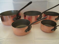 Five beautiful copper pans (Cuivres de Faucogney)