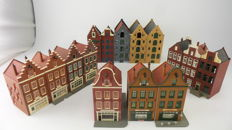 Faller/Pola Scenery H0 - Collection of 15 Dutch buildings including canal-side houses and Manor houses