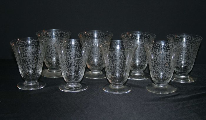Set of 8 (wine) glasses - Michelangelo by Baccarat - 1920-30