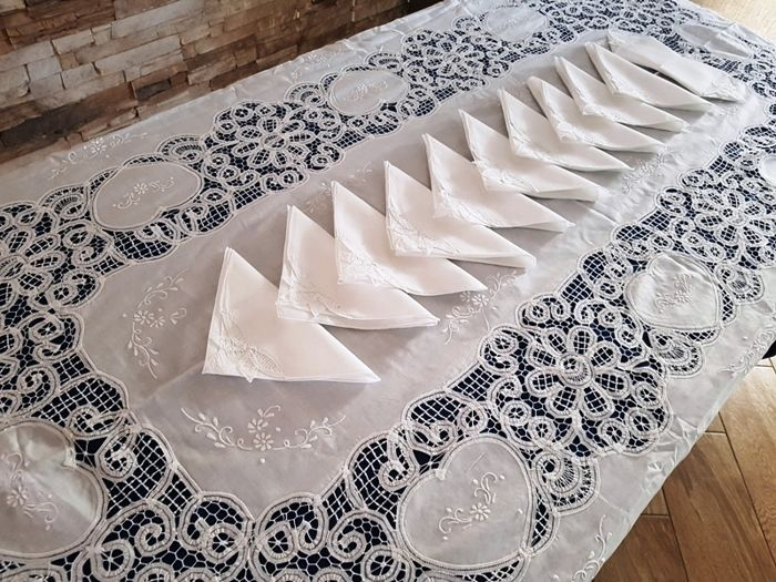 Tablecloth for 12 with handmade lace floral embroidery