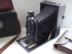 C.P. Goerz Berlin Compur photo camera with Dopp-Anastigmat Dagor 168 mm F/6.8 lens