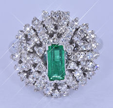 Emerald and Diamonds ring NO reserve price!