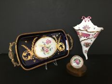 "2x Limoges porcelain - tray and small box & ""Cornucopia"" by Porcelaine de Paris"