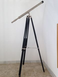 Vintage maritime telescope of 1 meter with wooden tripod