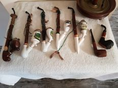 Collection of wood/horn and porcelain pipes - 19th and 20th century - in good condition
