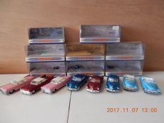Matchbox-Dinky Toys - Scale 1/43 - Lot with 8 Dinky Toys American classics, part 1