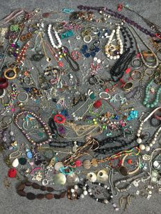Large collection of 100's of bohemian,bijou,70's,8 0's vintage estate clearance Jewellery and bespoke Jewellery including large collection of fish enamelled items
