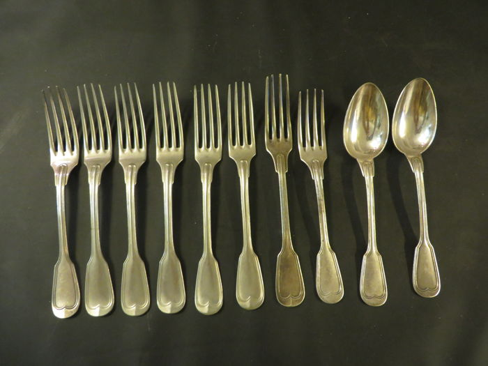 Christofle cutlery eight forks and two spoons.