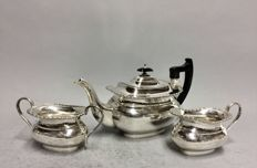 Silver plated tea set with black handles, Sheffield, England, ca 1900