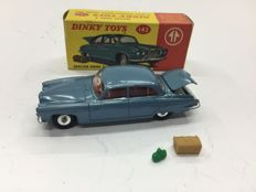 Dinky Toys - scale 1/43 - Jaguar Mark X No.142