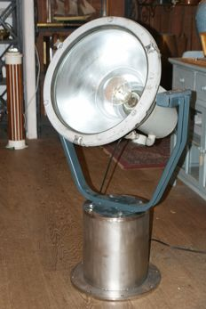 Dutch navy searchlight - ca 1950