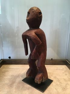 Powerful fetish carved in wood - CHAMBA - Nigeria