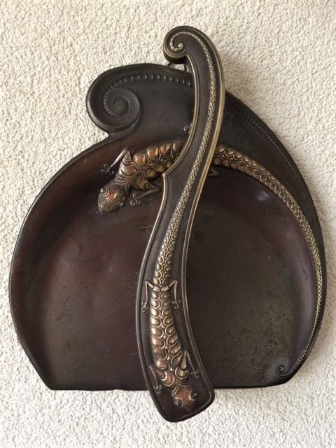Fine Art Nouveau table crumb brush with tin with an image of a lizard
