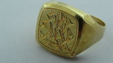 14 kt gold vintage signet ring with a monogram engraving