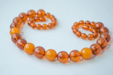 Vintage transparent Baltic Amber necklace cognac, honey colour, 62 gram