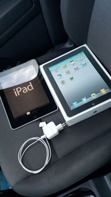 Apple iPad 1, 32GB with 3G! (A1337) with original box, charger, etc