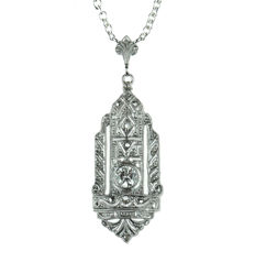 14 karat white gold Art Deco pendant set with diamond, 0.20 ct, on a silver Jasseron necklace
