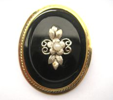 Antique Victorian brooch/pendant, 18 kt