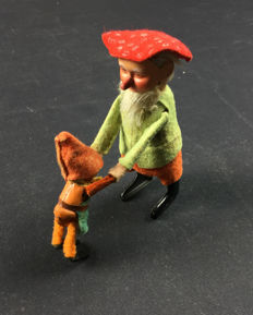 Schuco, Germany - height 12 cm - Gnome, dancing couple 958, 1930s