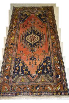 Persian carpet made by nomads 229 x 119 cm