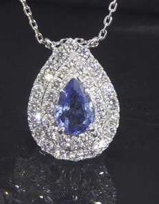 Pendant with blue sapphire 0.85 ct & 36 brilliant cut diamonds - in total 0.70 ct *** No reserve price ***
