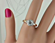 1.03 ct VS2  round diamond ring made of 18 kt rose/white gold - size 7,5