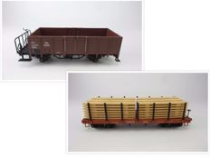 G Gauge - LGB - 4169/4024 - Four-axle stake car, loaded with wood of the D&RGW and a biaxial boxcar with shunting platform