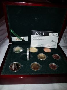 Luxembourg - Wooden case 2011 - Proof