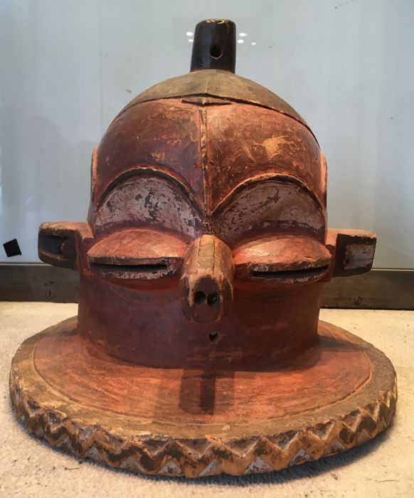 Powerful Kipoko mask in polychrome wood - PENDE - Former Belgian Congo