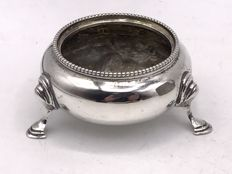 Large Sterling silver salt shaker with pearl edge Daniel & Charles Houle, London 1878