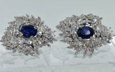 18 kt white gold earrings set with 6 ct of sapphires and 6 ct of diamonds