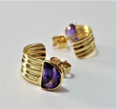 Earrings in 18 kt yellow gold with Amethyst - Total Weight 2.9 g - **No Reserve Price**