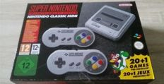 SNES Super Nintendo Entertainment System mini - With 2 controllers