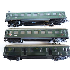 Märklin H0 - 4006(346/1)/4007(346/1 BS)/4012(346/4) - Passenger carriage 2nd class, baggage car and passenger carriage 2nd class with connect lights