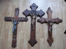 3 large wooden crucifixes with carving - Belgium - c. 1900