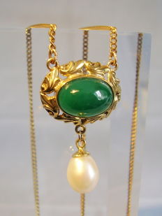 Antique golden necklace with green agate and genuine pearl