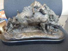 Very Beautiful Bronze Sculpture of a Wild Boar Being Attacked by Dogs, Signed Lecourtier