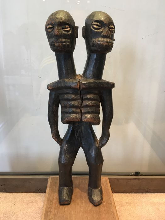 Rare & impressive double-headed skeleton Fetish - KANYOK - Former Belgian Congo