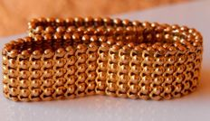 Flat vintage bracelet all in 18 kt gold with beautiful pattern