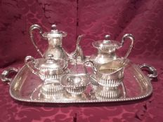 Coffee service in silver with hallmarks and ribbed decoration - Spain - 20th century