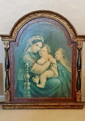 Antique large  Altarpiece on wood of Mary and the Child in her lap. Beginning XX Century.