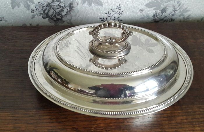 Antique silver plated serving dish with lid and handles, with frosted edge - Signed James Deakin & Son of Sheffield