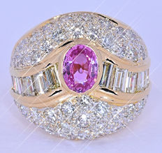 Pink Sapphire, Diamonds, Queen ring NO reserve price!