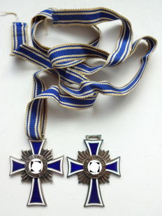 2 Mother Crosses in silver and bronze Third Reich