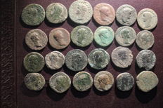 Roman Empire - Lot consisting of 24 early (1st/2nd century) AE coins, asses/dupondii/sestertii (24x)