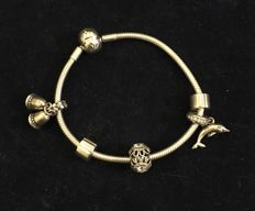 Pandora bracelet with pendants in silver, weight 30 g, size 19 cm