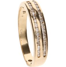 14 kt Yellow gold ring set with two rows of 30 diamonds in total of approx. 0.005 ct each - ring size: 17.5 mm